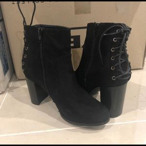 Dakota boots